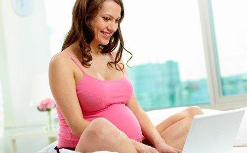 Желтые выделения при беременности – особенности и причины возникновения
