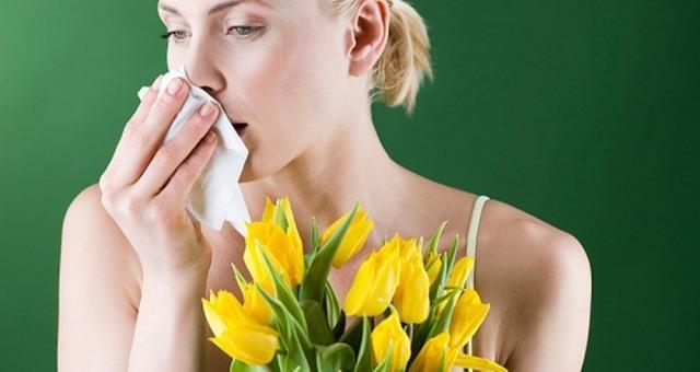 Что делать, если опухла губа?