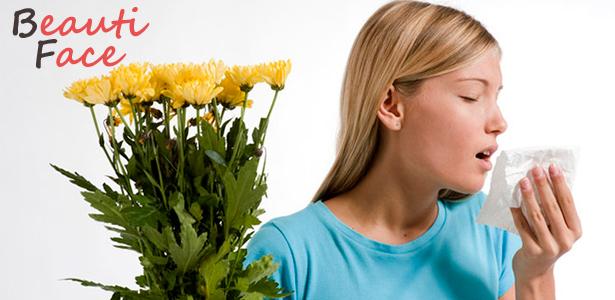 Аллергия на лице: чем вызывается и как лечится?