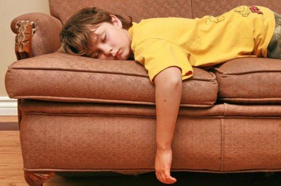 Травма позвоночника у детей: причины, симптомы, диагностика, лечение