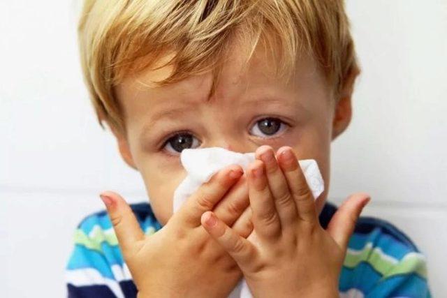 Дакриоцистит новорожденных: причины, симптомы, лечение