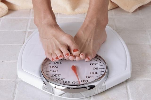 Как прогестерон влияет на жировые отложения?