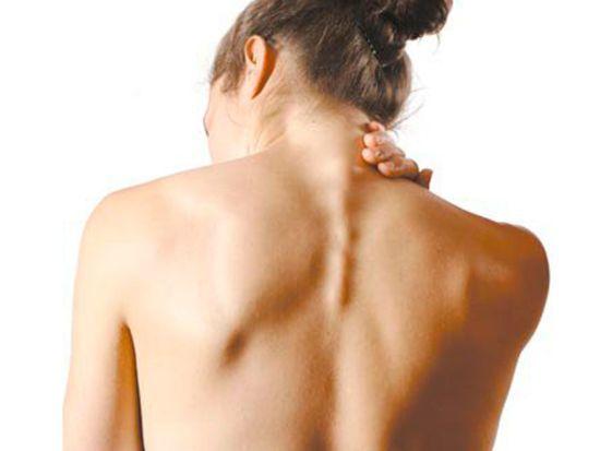Киста позвоночника – виды, особенности симптомов и лечения