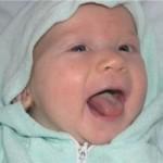 Белый налет на языке у взрослого и ребенка: причины, лечение